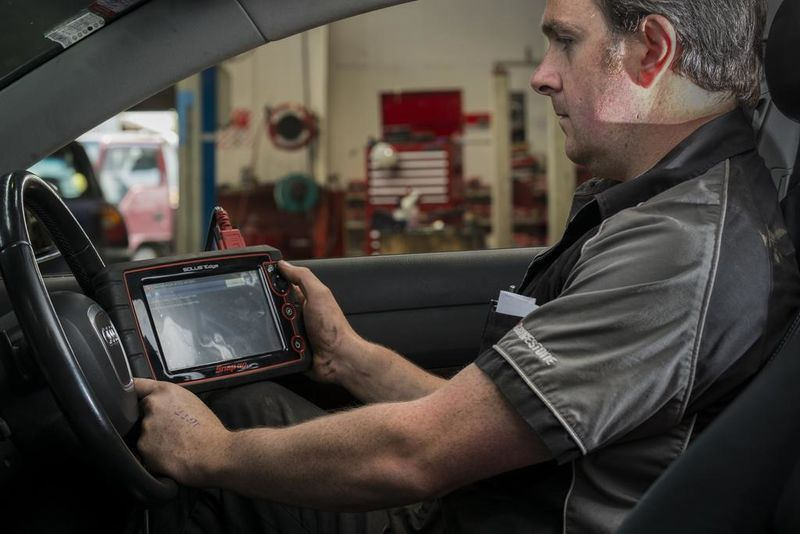 Winton Autos uses the latest in diagnostic equipment.