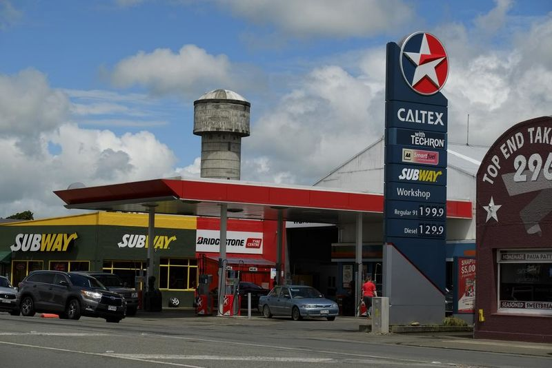Use your Countdown, SuperValue or Fresh Choice fuel voucher at Caltex Winton.