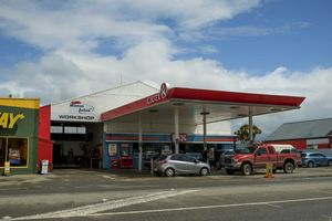 Winton Autos is conveniently located next to the Caltex Station.
